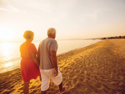Việt Nam đang đối mặt với tốc độ già hóa dân số nhanh nhất thế giới